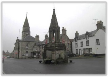 SCOTLAND 2019 - Outlander Locations - Falkland Square.jpg